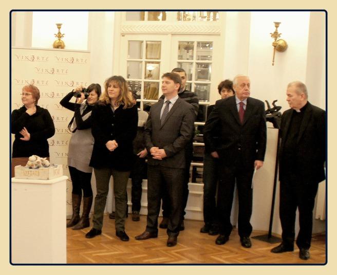 vicepresedintele ICR Nagy Mihaly Zoltan, producatoarea Ada Vertan, editorul Constantin Dumitru.